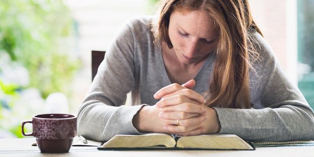 Oração de comunhão espiritual para quando você não puder participar da Missa
