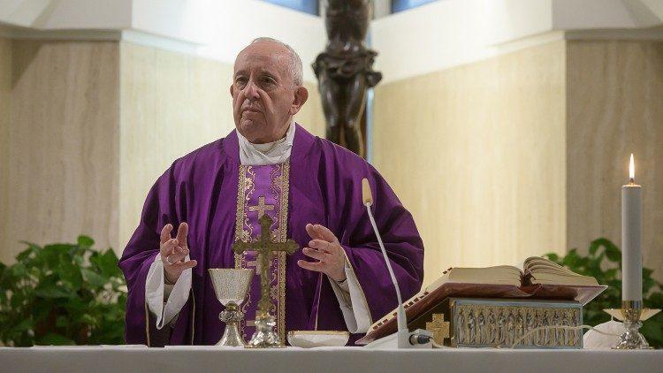 O Papa: pastores próximos do povo, nem sempre medidas drásticas são boas