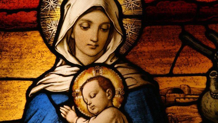 O encanto da Mãe e do Filho no Mistério do Natal e da maternidade